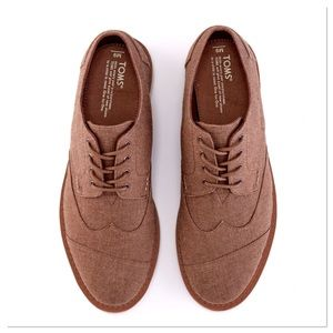 Toms Brown Chambray Oxfords lace up casual shoes